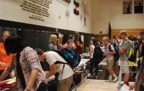 RCHS Clubs Have Students Signing Up