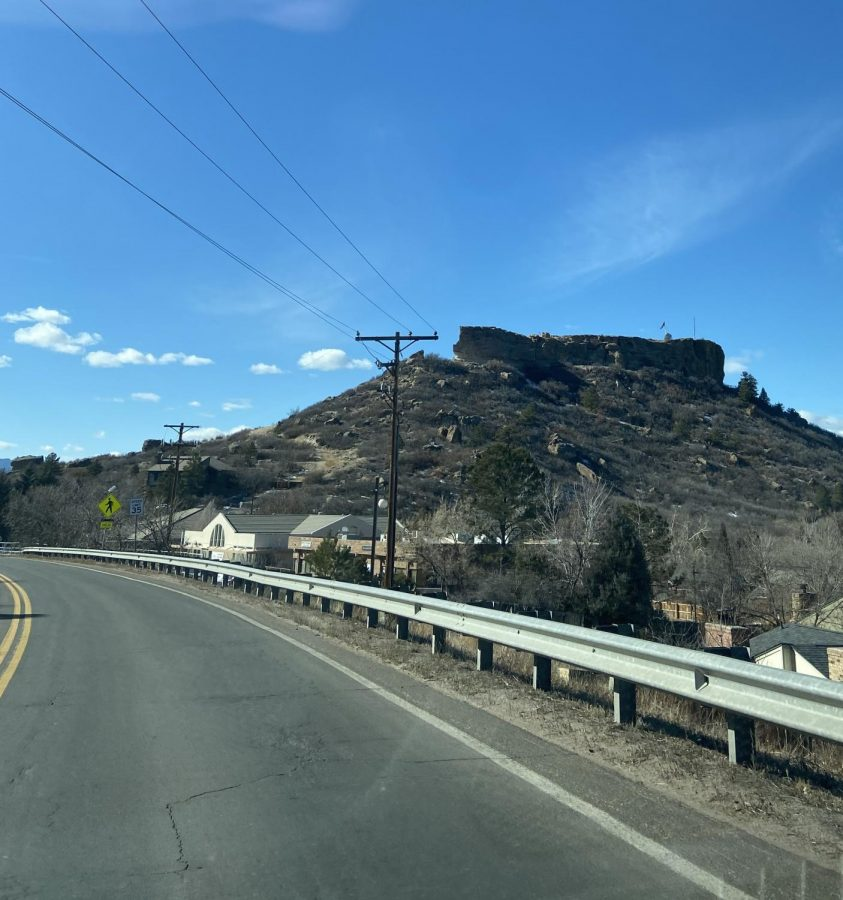 The+Highlands+Ranch+vs+Castle+Pines+Dilemma